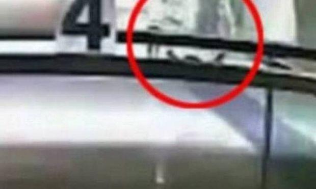 12χρονος σκότωσε κατά λάθος τον φίλο της μητέρας του (βίντεο)