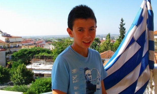 Αυτός είναι ο 14χρονος που νίκησε 1.000 μαθητές με ένα γράμμα! (βίντεο)