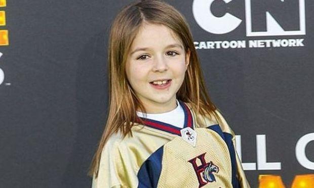 9χρονο κοριτσάκι κατατροπώνει αγόρια στο ποδόσφαιρο