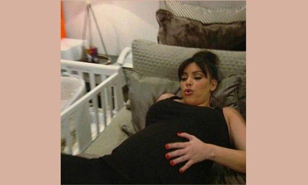 Δείτε την Κιμ Καρντάσιαν λίγες ώρες πριν τον τοκετό: «Πρέπει να γεννήσω τώρα»