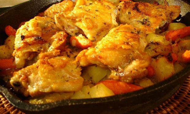 Συνταγή για τρυφερό κοτόπουλο με μανιτάρια και καρότα!