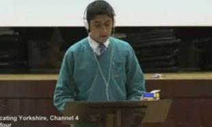 16χρονος με τραυλισμό κατάφερε να μιλήσει προκαλώντας συγκίνηση! (βίντεο)