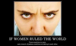 «Αν οι γυναίκες διοικούσαν τον κόσμο, δε θα υπήρχαν πόλεμοι. Μόνο χώρες που δε μιλούν η μία στην άλλη!», γράφει η Δέσποινα Καμπούρη