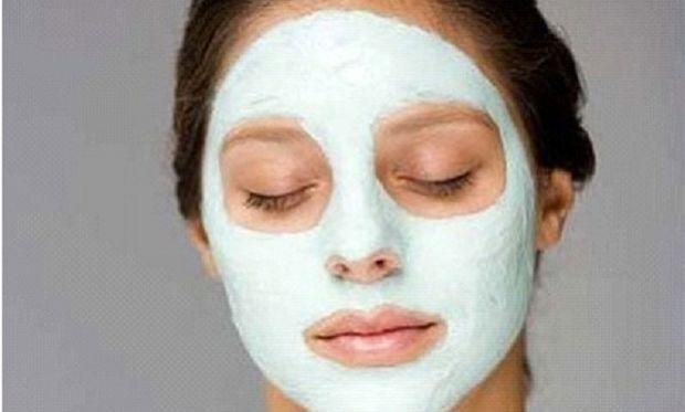 Σπιτική μάσκα προσώπου για λεία και απαλή επιδερμίδα σε χρόνο αστραπή!