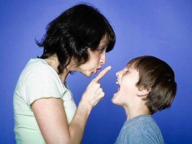 Η ειδικός συμβουλεύει: Πώς θέτουμε όρια στα παιδιά μας και πόσο σημαντικό είναι αυτό