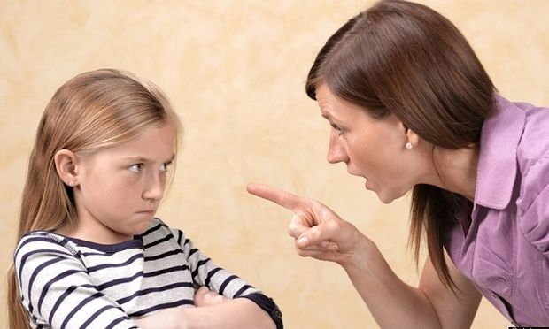 Λεκτική βία: Μαμά έχεις νεύρα; Σκέψου διπλά πριν φωνάξεις στο παιδί σου!
