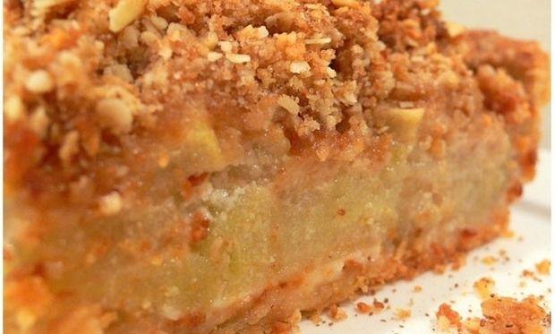Συνταγή για την πιο εύκολη και γρήγορη μηλόπιτα!