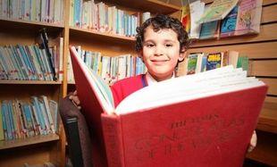 Το παιδί-θαύμα! Είναι 4 ετών και έχει το ίδιο IQ με τον Αϊνστάιν! (εικόνες)