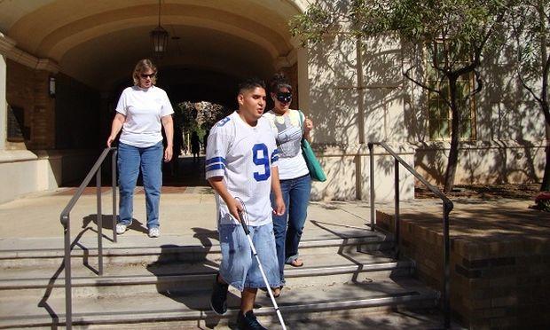 Δημιουργία ΙΕΚ και ΣΕΚ για άτομα με αναπηρίες