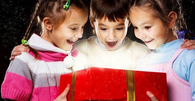 «Τι δώρο να πάρω στο παιδί;», χρήσιμες συμβουλές από την ειδικό!
