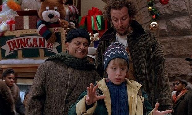 Απολαύστε με τα παιδιά σας δέκα κλασικές Χριστουγεννιάτικες ταινίες! (λίστα)