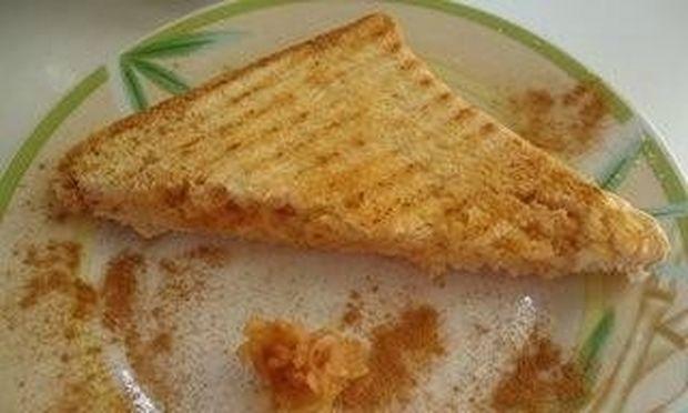 Συνταγή για μηλόπιτα με... ψωμί του τοστ!