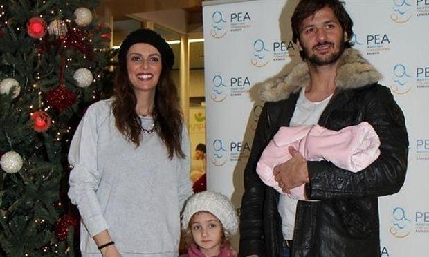 Μπέτυ Μαγγίρα: Οι πρώτες φωτογραφίες με τη νεογέννητη κορούλα της!