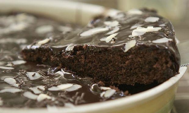 Συνταγή για την πιο νόστιμη και εύκολη σοκολατόπιτα