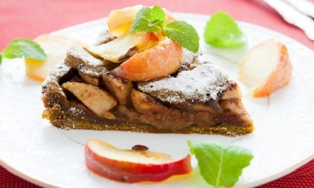 Συνταγή για σοκολατένια μηλόπιτα!