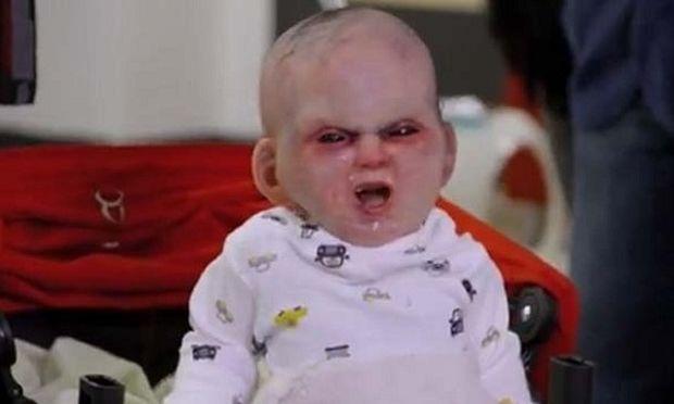 Το μωρό της Ροζμαρι σε νέα έκδοση σκορπίζει τον πανικό στη Νέα Υόρκη! (βίντεο)