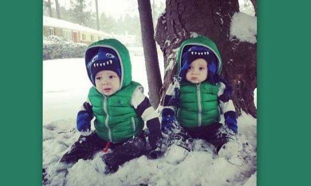 Τα δίδυμα της Καλομοίρας ποζάρουν στα χιόνια!