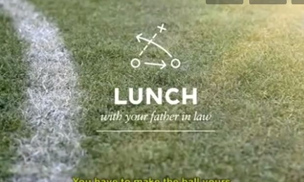 Πως να «αποκρούσεις» τον μπαμπά της νύφης! Οδηγίες προς ποδοσφαιρόφιλους (βίντεο)