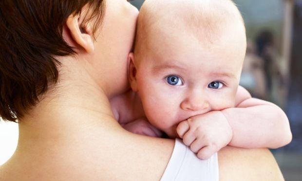 «Ηρθε το μωρό μας στο σπίτι. Και τώρα τι;» Τα βασικά βήματα από την παιδίατρο Μαριαλένα Κυριακάκου