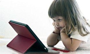 Ηλεκτρονικές οθόνες! Αφαιρούν από τα παιδιά μας τη δημιουργικότητά και εξέλιξή τους!