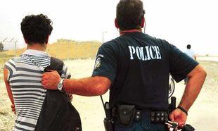 Πάτρα: Ανήλικος συνελήφθη για 102 κλοπές και ληστείες!