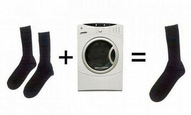 Χάνετε τις κάλτσες σας στο πλυντήριο; Δεν είστε οι μόνοι! Επτά έξυπνες λύσεις για να μην το ξαναπάθετε!