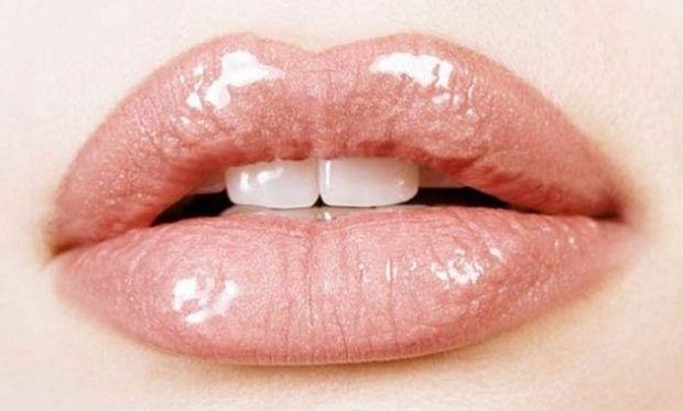 Πώς θα αποκτήσω σαρκώδη χείλη σε λίγα λεπτά;