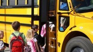 Εύβοια: Οδηγός σχολικού κατέβασε 6χρονο από το λεωφορείο και έφυγε αφήνοντάς τον μόνο στο δρόμο!