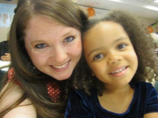 Αληθινή ιστορία: «Η θεία μου υιοθέτησε την κόρη μου!»