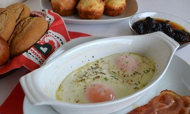 Συνταγή για αυγά μάτια στο φούρνο!