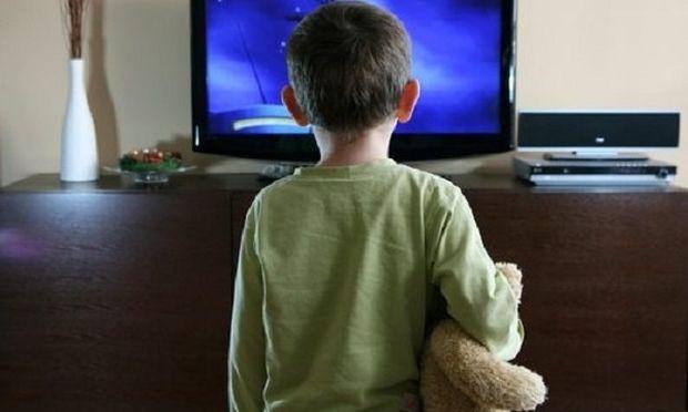 Το παιδί μου βλέπει πολλές ώρες τηλεόραση-Τι να κάνω;