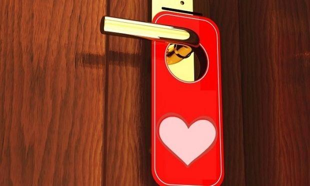Φτιάχνουμε ταμπέλες πόρτας του Αγίου Βαλεντίνου για τους γονείς