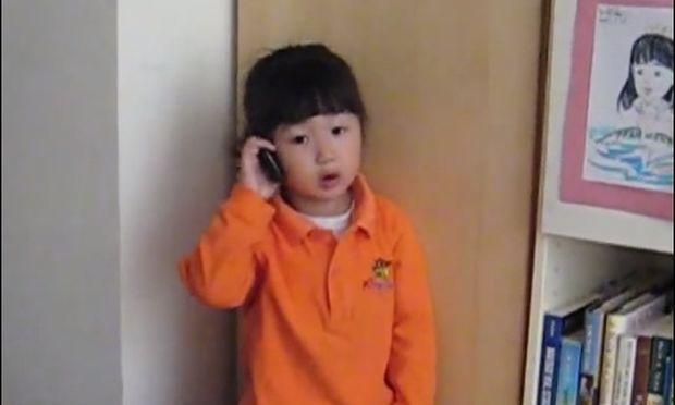 Η μικρούλα είναι αποφασισμένη να μη ξαναπάει ποτέ στο σχολείο! Δείτε το απολαυστικό βίντεο!