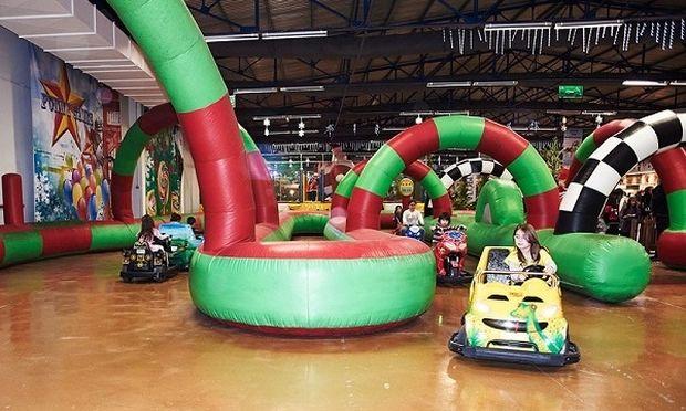 To μεγαλύτερο αποκριάτικο θεματικό πάρκο παιχνιδιών «Attika Carnival Kingdom» είναι εδώ!