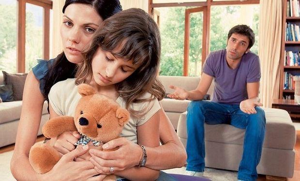 «Χώρισα. Πώς πρέπει να μιλήσω στο παιδί μου;», συμβουλεύει η ψυχολόγος Αλεξάνδρα Καππάτου