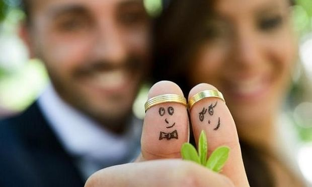 Οι οκτώ κανόνες που επιβάλλεται να καταπατήσετε στο γάμο!