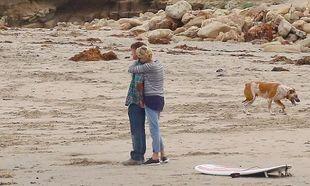 Σον Πεν - Σαρλίζ Θέρον: Στην παραλία μαζί με τον μικρό Τζάκσον (φωτογραφίες)