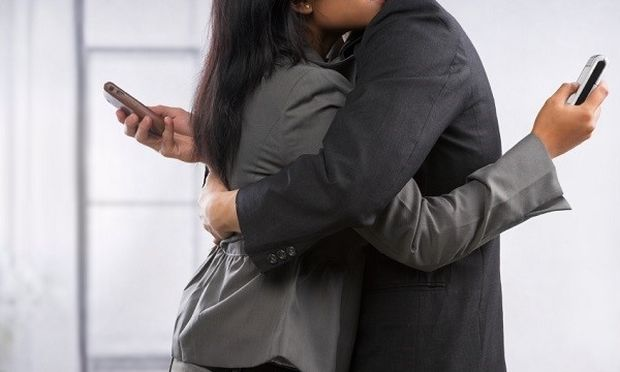 Η σεξουαλική απιστία και η ψυχική απάτη. Ποια η διαφορά τους και πότε εκδηλώνονται; Γράφει ο Θάνος Ασκητής