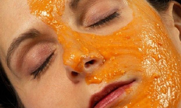 Έχετε σπυράκια; Η λύση είναι το…πορτοκάλι!