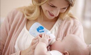 Όλα όσα πρέπει να γνωρίζουμε για το τάισμα του νεογέννητου μωρού μας! Ένας χρήσιμος οδηγός