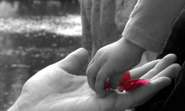 «Πριγκιπέσσα μου…», γνωστός δημοσιογράφος έγραψε το πιο τρυφερό του κείμενο για τα γενέθλια της κόρης του