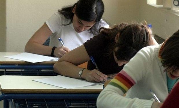 Τέλος Ιουνίου θα τελειώσουν από τις εξετάσεις οι μαθητές Λυκείου