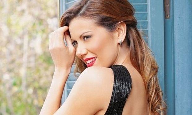 Ευγενία Μανωλίδου: Φούσκωσε πολύ η κοιλίτσα της! (εικόνες)