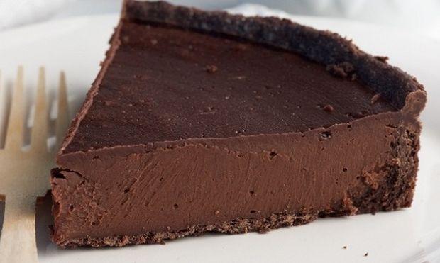 Συνταγή για την πιο εύκολη τάρτα σοκολάτας!