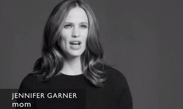 Διάσημες ηθοποιοί μιλάνε για το θαύμα της γέννας τους περνώντας ένα συγκλονιστικό μήνυμα (βίντεο)