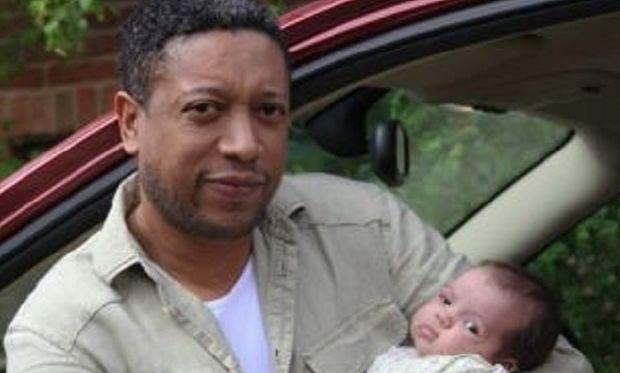 Πατέρας έσωσε τη ζωή της νεογέννητης κόρης του, όταν θυμήθηκε επεισόδιο από τηλεοπτική σειρά!