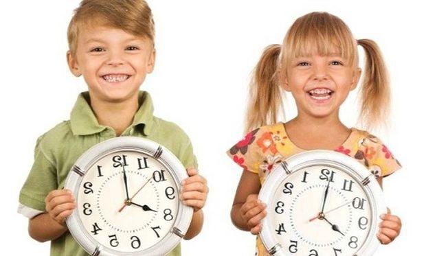 Πώς να μάθω στο παιδί μου την ώρα;