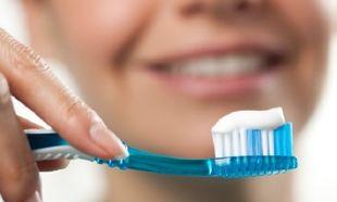 Μου τελείωσε η οδοντόκρεμα και η αναπνοή μου μυρίζει περίεργα! Τι να κάνω;