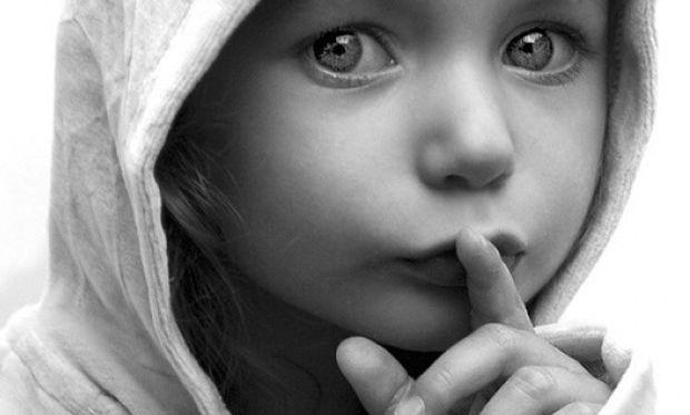 Συγκλονιστικό! Η παιδική σεξουαλική κακοποίηση μέσα από εικόνες (φωτογραφίες)