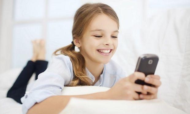 Ερευνητές θα μελετήσουν τους κινδύνους από τη χρήση κινητών τηλεφώνων σε 2.500 παιδιά